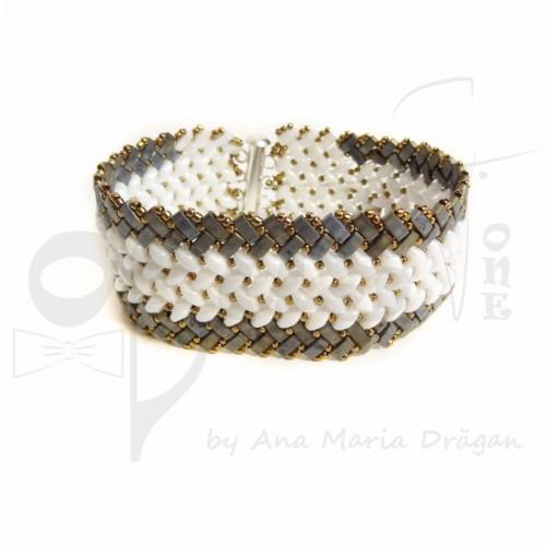 Bratara Snake Design