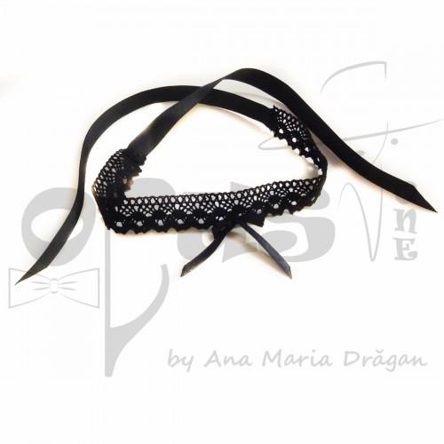 Choker negru cu fundita