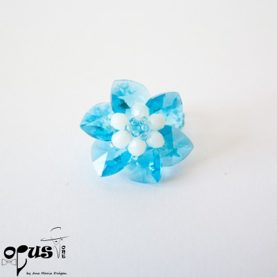 Inel Blue Flower white peals
