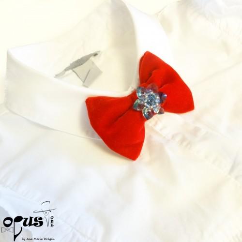 Papion stil brosa Red Emotion Flower