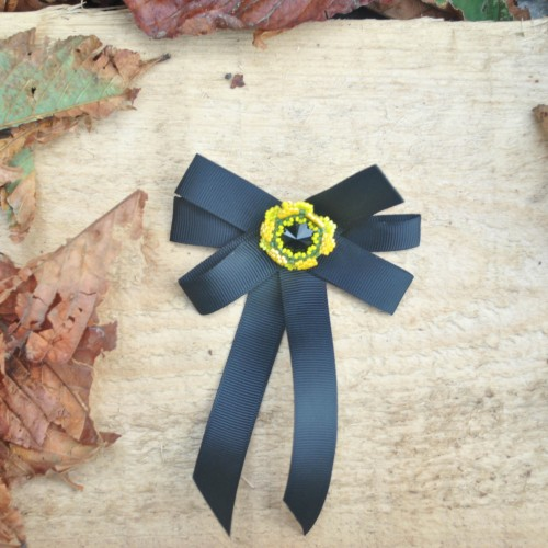 Brosa Papion Black Flower Emotion