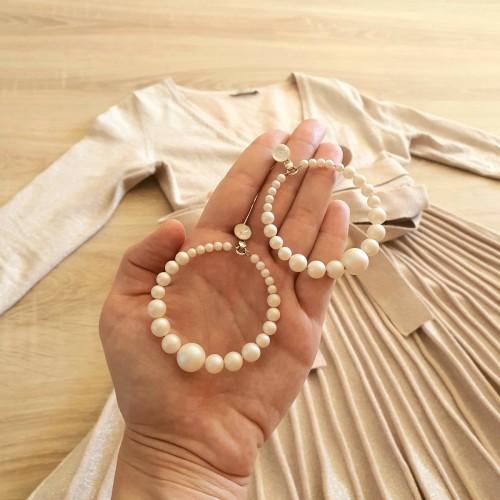 cercei rotunzi cu perle swarovski albe