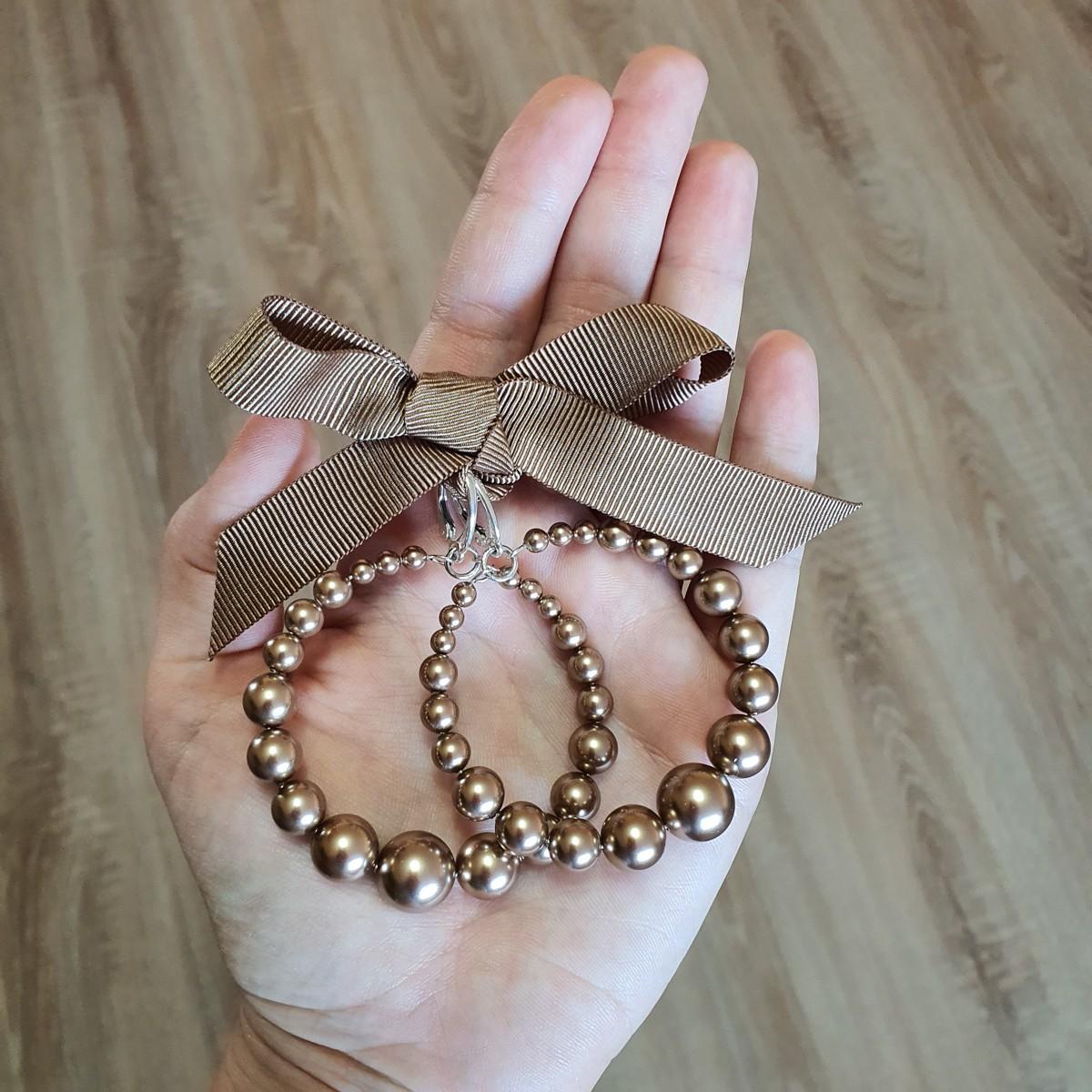 Cercei rotunzi cu perle maro Sweet...
